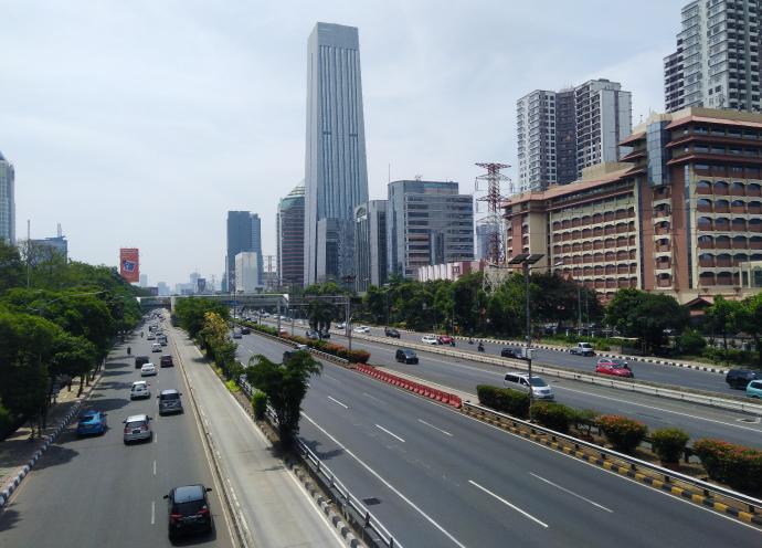 ASEANの本部もあるジャカルタは、東京に次ぐ世界第2位の人口密度の大都市
