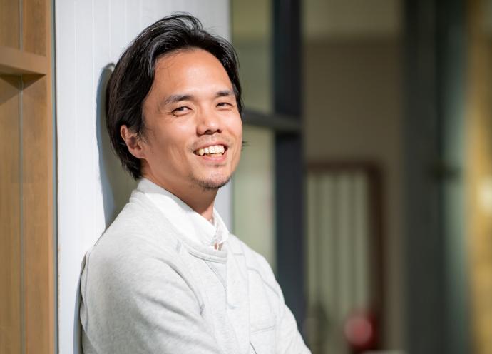 海外で活躍する美容師インタビュー・坂手遼治