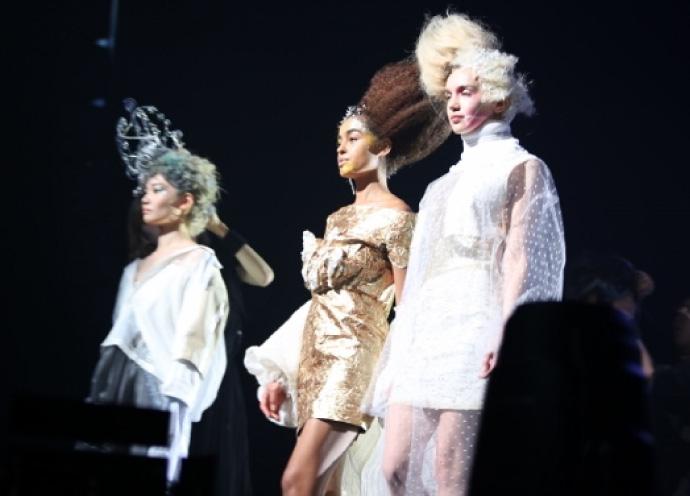 DANKSヘアショーのAshのステージ