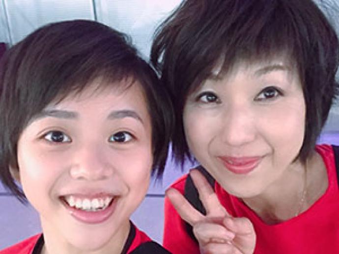 女子体操の村上茉愛選手と村上英子さんの親子トークショー