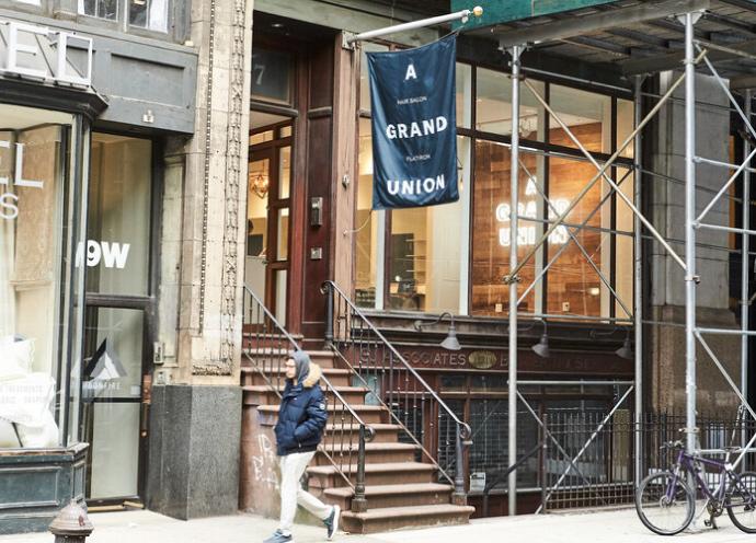 Aguのニューヨーク1号店「A GRAND UNION」