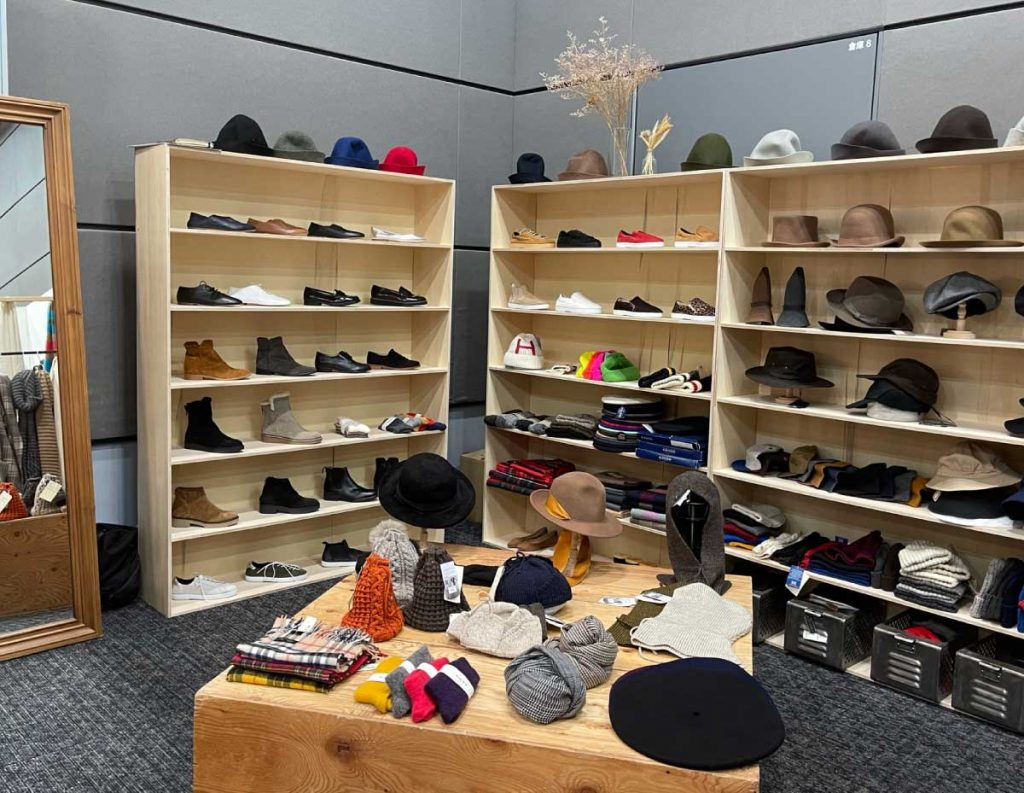 帽子と靴/ジャンブル トーキョー(JUMBLE TOKYO)
